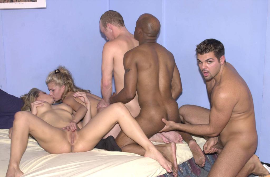 golie-nudisti-hd